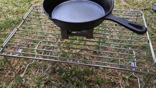 ニトリのキッチンラックはソロキャンプ用のテーブルや小物置きにちょうどいいかも