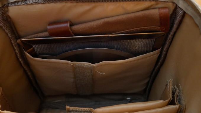 マルチストレージケース 内ポケット収納