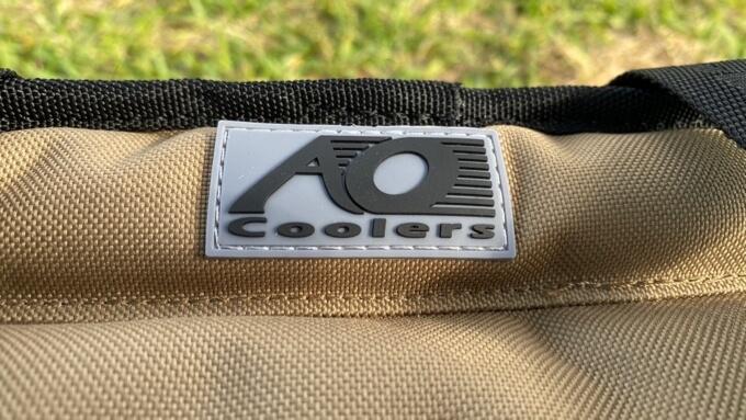 AOクーラーズ ロゴ