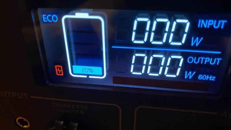BLUETTI ポータブル電源 EB70 バッテリー残量