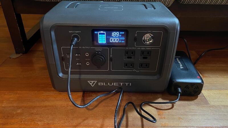 BLUETTI  ポータブル電源 EB70 充電