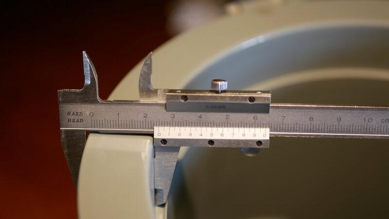 スタンレー ウォータージャグ 3.8L 厚さ計測