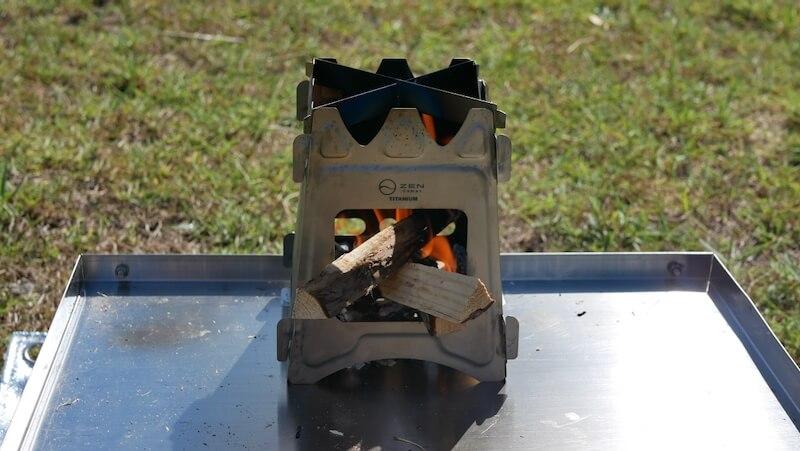 ZEN Camps チタン製ウッドストーブ Fire Garden S 焚き火4