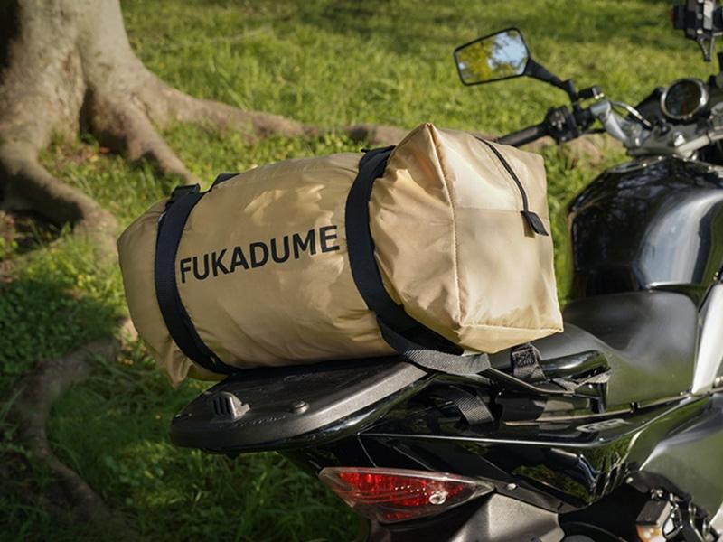 フカヅメフライS バイクの後ろに乗せる